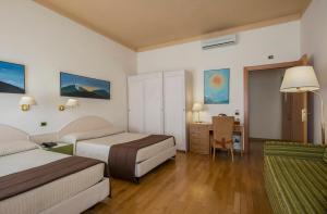 Piazza Paradiso Accommodation, Affittacamere  Siena - big - 25
