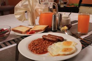 Magnolia Pine Bed & Breakfast, Bed and breakfasts  Nairobi - big - 17