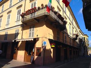 Palazzo Centro, Отели типа «постель и завтрак»  Ницца-Монферрато - big - 86