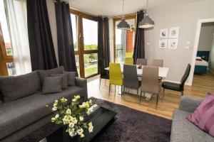 Stay-In Riverfront Lofts, Апартаменты  Гданьск - big - 67