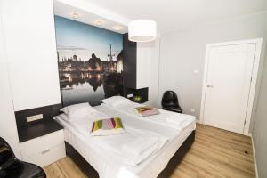 Stay-In Riverfront Lofts, Апартаменты  Гданьск - big - 69