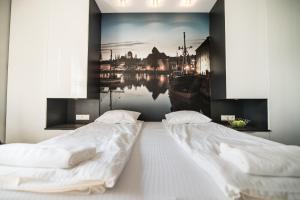 Stay-In Riverfront Lofts, Апартаменты  Гданьск - big - 54