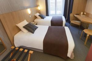 Family Offer (2 Separate Double Rooms)