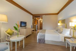 Best Western Premier Bangtao Beach Resort & Spa, Hotely  Bang Tao Beach - big - 33