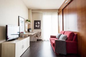 Residencia Universitaria Giner de Los Ríos, Hostels  Alcalá de Henares - big - 3