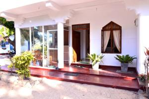 Pigeon Beach Hotel, Hotely  Nilaveli - big - 40