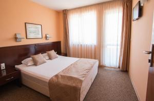 Hotel Divesta, Отели  Варна - big - 13