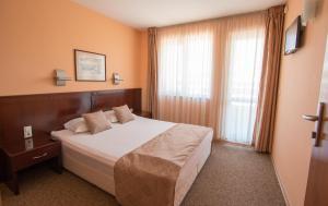 Hotel Divesta, Отели  Варна - big - 12