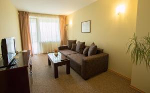Hotel Divesta, Отели  Варна - big - 11