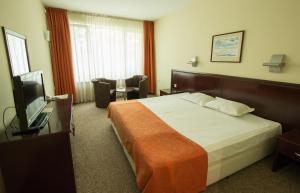 Hotel Divesta, Отели  Варна - big - 3