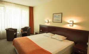 Hotel Divesta, Отели  Варна - big - 5
