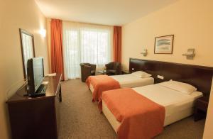 Hotel Divesta, Отели  Варна - big - 22