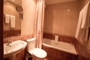 Hotel Divesta, Отели  Варна - big - 18