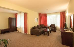 Hotel Divesta, Отели  Варна - big - 35