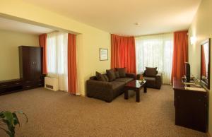 Hotel Divesta, Отели  Варна - big - 29