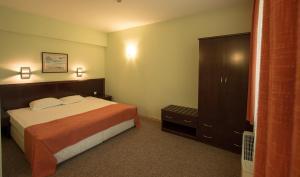Hotel Divesta, Отели  Варна - big - 26