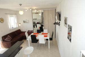 Olive Apartments, Apartmány  Ugljan - big - 38