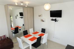 Olive Apartments, Apartmány  Ugljan - big - 32
