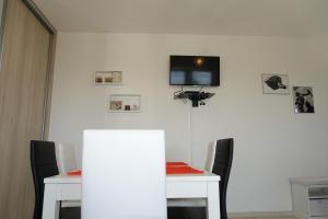 Olive Apartments, Apartmány  Ugljan - big - 31