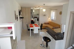 Olive Apartments, Apartmány  Ugljan - big - 24