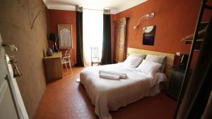 Chambre avec Vue, Bed and Breakfasts  Saignon - big - 10