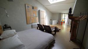 Chambre avec Vue, Bed and Breakfasts  Saignon - big - 9