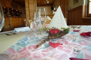 Hotel Restaurant Jura, Мини-гостиницы  Kerzers - big - 8