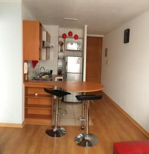 Departamento Edificio Vision, Apartmanok  Santiago - big - 10