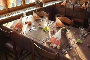 Hotel Restaurant Jura, Мини-гостиницы  Kerzers - big - 31