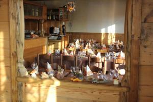 Hotel Restaurant Jura, Мини-гостиницы  Kerzers - big - 33