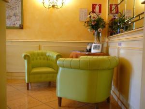 Hotel Matteotti, Hotely  Vercelli - big - 22