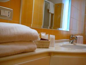 Hotel Matteotti, Hotely  Vercelli - big - 12