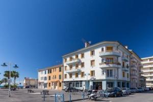 Palais Saint Pierre, Apartments  Cagnes-sur-Mer - big - 73
