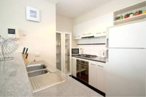 Luxuries CBD Apartment with Views, Apartments  Melbourne - big - 14