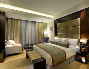 Radisson Blu Chattogram Bay View, Hotel  Chittagong - big - 8