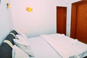 Nirvana Accommodation, Апартаменты  Бухарест - big - 20