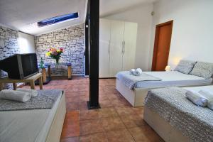 Nirvana Accommodation, Апартаменты  Бухарест - big - 27