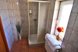 Nirvana Accommodation, Апартаменты  Бухарест - big - 31