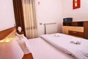 Nirvana Accommodation, Апартаменты  Бухарест - big - 33