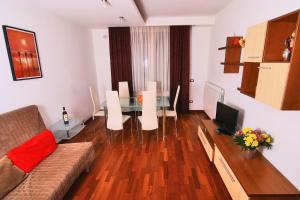 Nirvana Accommodation, Апартаменты  Бухарест - big - 10