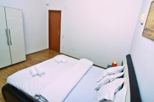 Nirvana Accommodation, Апартаменты  Бухарест - big - 45