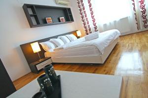 Nirvana Accommodation, Апартаменты  Бухарест - big - 50
