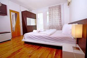Nirvana Accommodation, Апартаменты  Бухарест - big - 56