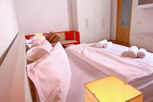 Nirvana Accommodation, Апартаменты  Бухарест - big - 58