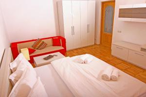 Nirvana Accommodation, Апартаменты  Бухарест - big - 59