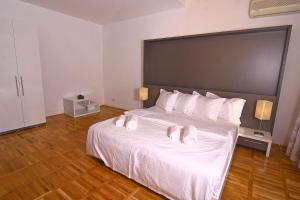 Nirvana Accommodation, Апартаменты  Бухарест - big - 61