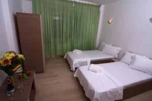 Nirvana Accommodation, Апартаменты  Бухарест - big - 108
