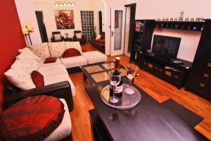 Nirvana Accommodation, Апартаменты  Бухарест - big - 103