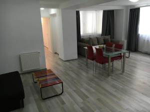 Nirvana Accommodation, Апартаменты  Бухарест - big - 86
