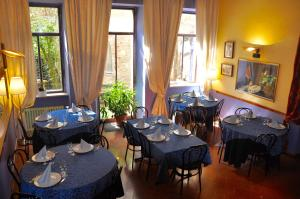 Il Cortegiano, Bed & Breakfasts  Urbino - big - 20